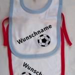 """Lätzchen mit """"Fussball"""" und Wunschnamen"""